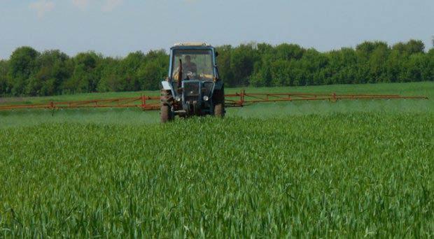 распыление гербицидов
