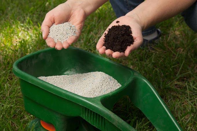 минеральные и органические удобрения газона